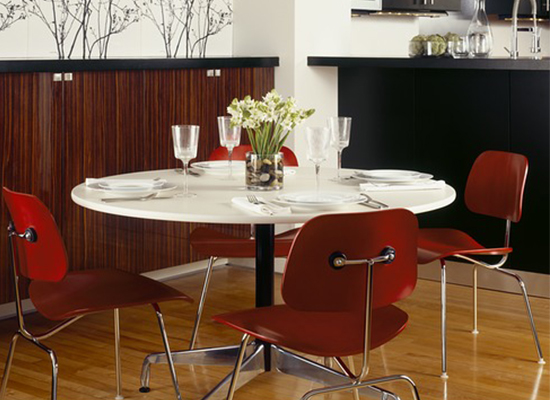 Herman Miller Eames Molded Plywood Chairs & Eames Table